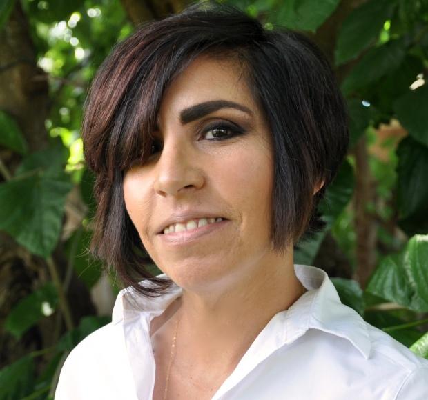 Hilda Solares headshot